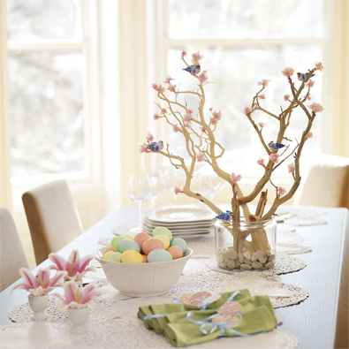 easter-table-070410-lg